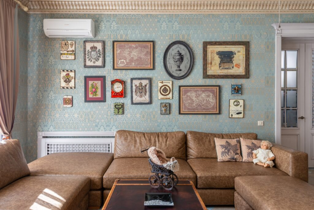 Top 5 Tips for Traditional living room